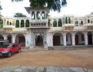 entrance-to-bassi-fort