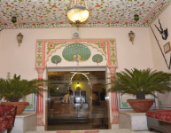 hotel-bharat-mahal-palace