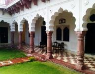 Abhay Durg, Saipur Courtyard