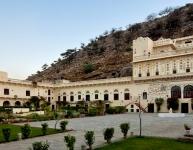 Castle Kalwar Palace 1