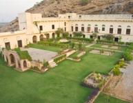 Castle Kalwar Palace 6