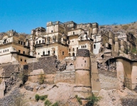 Neemrana Fort Palace Old View2